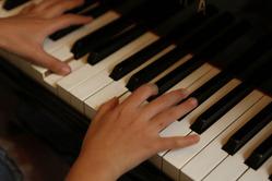 1412yokota_piano4_b