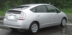 Toyota_Prius_NHW20_rear