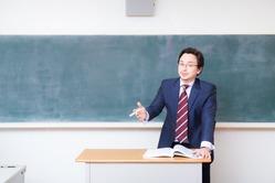小学校の先生だけど質問ある?