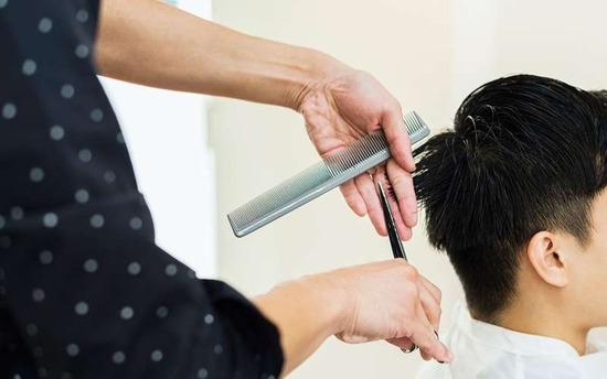 【これマジ?】美容師が1000円カットをおすすめしない衝撃理由が・・・