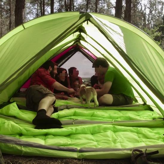 【画像】キャンプが変わる!テントや寝袋、マットが1つになった結果wwwww