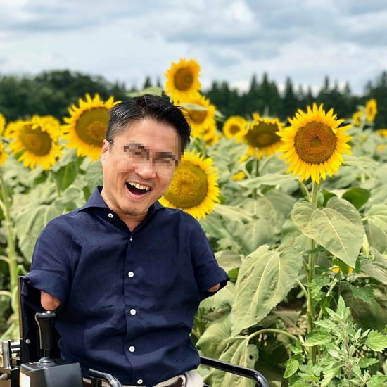 【画像】乙武さん、笑顔が素敵すぎるwww