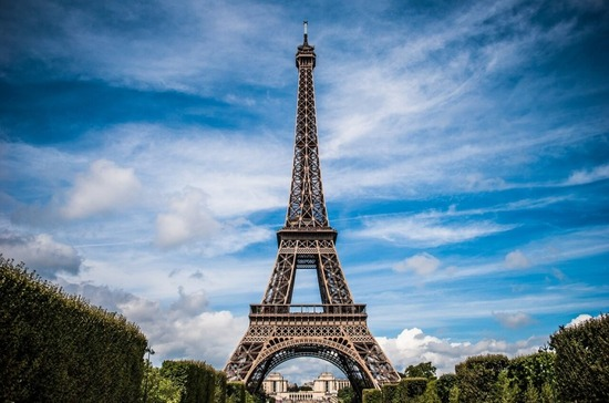 フランス人 「世界のみんなは今回のデモをどう思ってるのか聞かせて」結果wwwww
