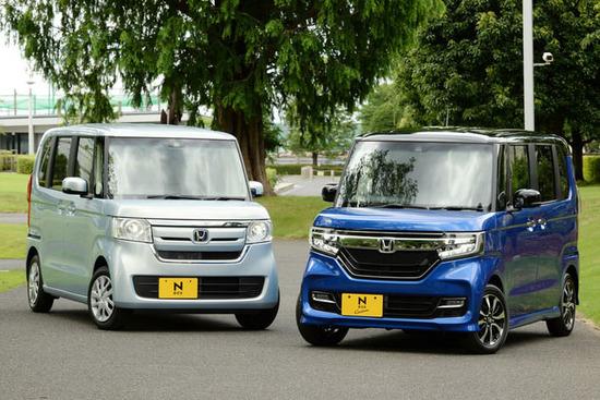 【悲報】日本さん、ホンダの軽自動車「NBOX」が15ヶ月連続販売台数1位になってしまうwwwww