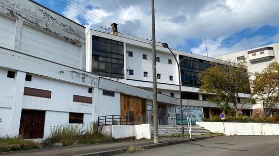 【画像】財政破綻した夕張市、想像を超える速度でゴーストタウン化wwwwwwwwww