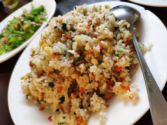 【画像】中国、このレベルの中華料理が280円wwwwwwwww