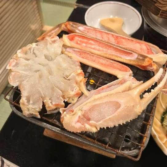 【画像】これがステーキ!? → Go To利用した高級旅館の料理が残念すぎる・・・