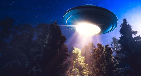 【画像】白色に光る謎の飛行物体が出現wwwwwwwwww