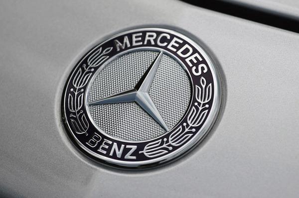 mercedes-benz-logo-628
