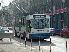 225px-Trolejbus_jelcz_120m