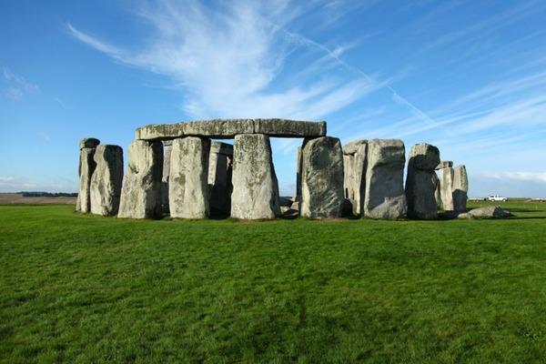 Stonehenge-1000x666