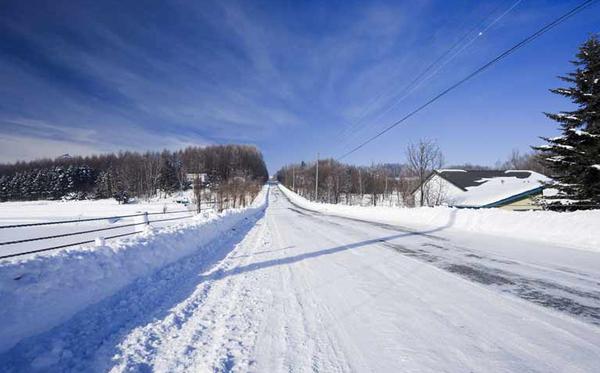 プロが伝授する雪道の歩き方がこちら・・・※画像あり
