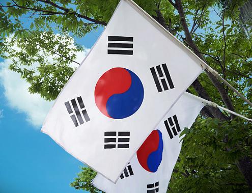 【炎上】作家・岩井志麻子「韓国人の気質?『手首切るブス』みたいなもん」