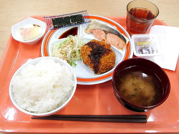 student-cafeteria-student-cafeteria-morningset_img_01