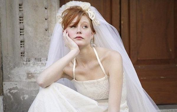 【悲報】女だけど結婚超怖えぇ…