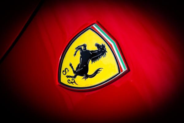 Ferrari_Logo_Emblem_453683
