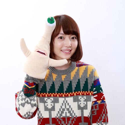 花澤香菜 セーター