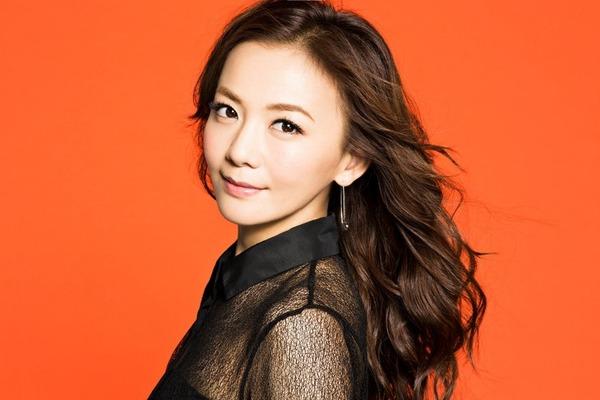news_header_kaharatomomi_art20140811-1