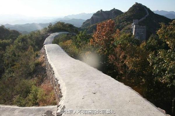 【悲報】万里の長城をコンクリートで固めて無残な姿にした責任者の末路wwwwwww