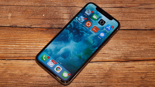 20171106-iPhoneX-Review-2