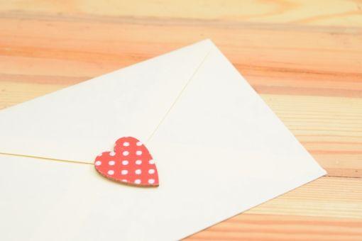 【速報】男子高生さん、女子高生にラブレターを送ってしまう(※画像あり)