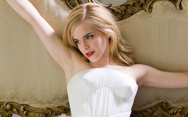 Emma-Watson-emma-watson-13602642-1440-900