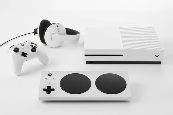 Xbox+Adaptive+Controller+106