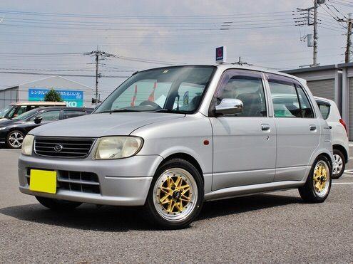 【画像】5速MTのスポーツカー買ったwwwwww