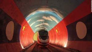 【鉄道】中国とラオスを結ぶ鉄道、線路開通 全長1000キロ