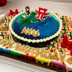 浜崎あゆみ、自身に贈った誕生日ケーキが大不評「古臭い」「食欲わかない」