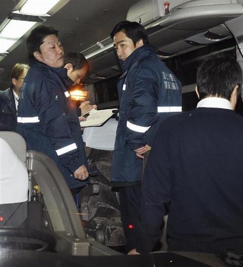 これが貸し切りバスの実体だ、緊急監査予告にもかかわらず新宿で6台実施のうち5台で違反発覚