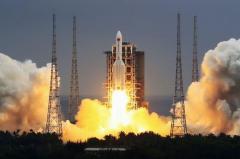 中国 独自の宇宙ステーション建設に向け打ち上げ
