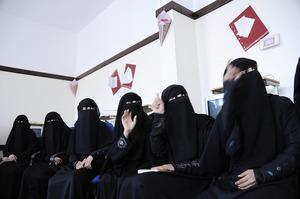 Yemen woman 02