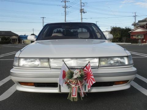 車をヤンキーっぽく装飾させてしまう車のインテリア