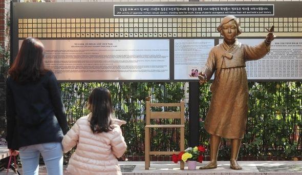 【子々孫々慰安婦】慰安婦の子孫も慰安婦扱いに、日本政府を相手取り訴訟再開