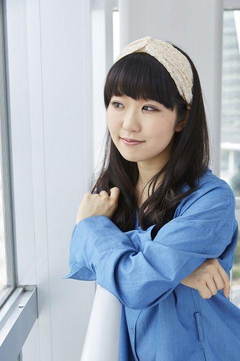 【朗報】最新の東山奈央ちゃん、すっかり綺麗なお姉さんになる