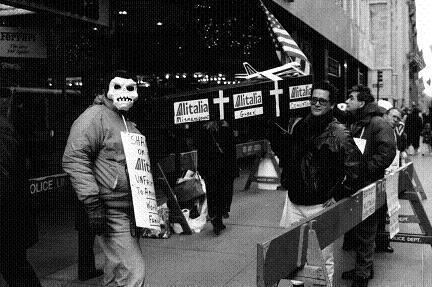 マスクで抗議