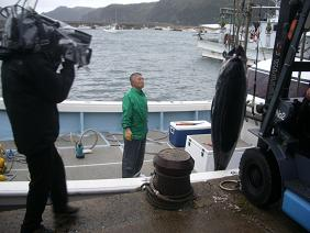 漁師とマグロ