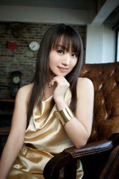 news_thumb_mizukinana_art_201205