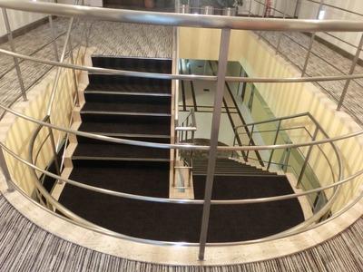 ショパン中央階段
