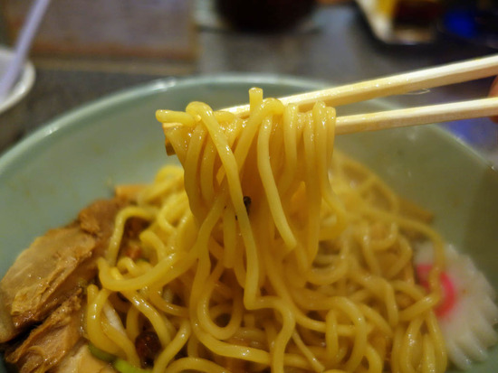 あぶらー亭の麺
