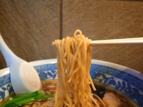 びぜん亭の麺