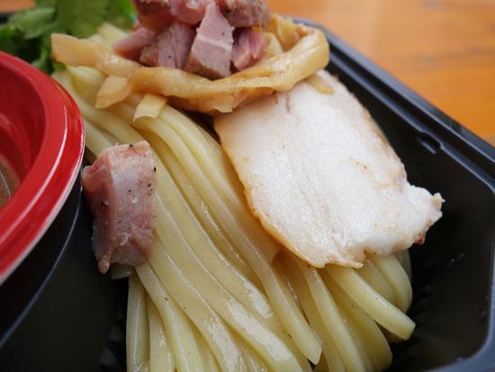 麺&チャーシュー