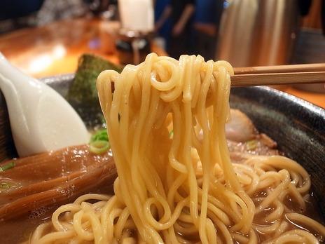 らーめん瞠@池袋の麺