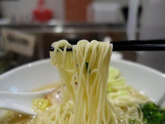 とんくるの麺