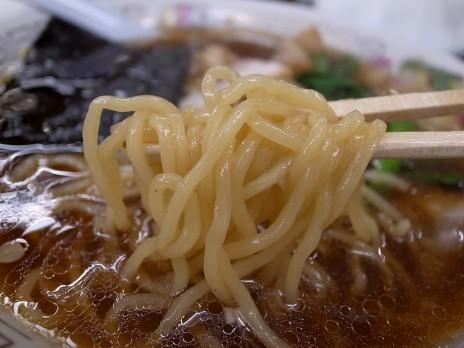青島ラーメン(秋葉原)麺