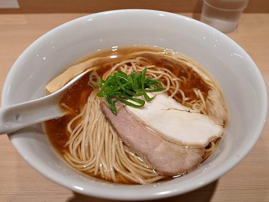 醤油らぁ麺@はやし田