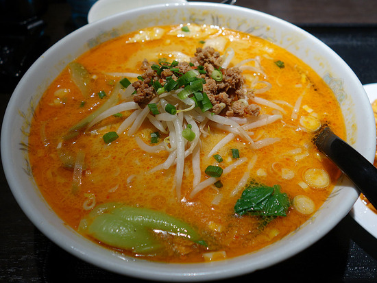 祥龍刀削麺タンタン麺
