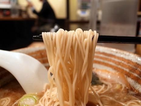 麺屋錦堂の極細麺