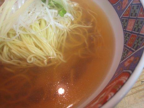 らあめん千ひろ(調布)すっきり澄んだスープ